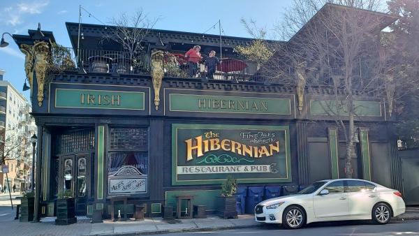 Hiberian Restaurant Pub Glenwood South
