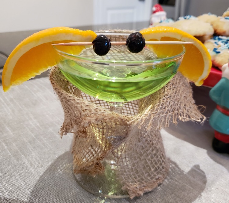 baby yoda appletini cocktail